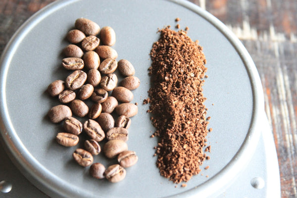 Step 1: Heat filtered H2O to point of boiling and weigh out grams of fresh roasted coffee. Grind coarse.