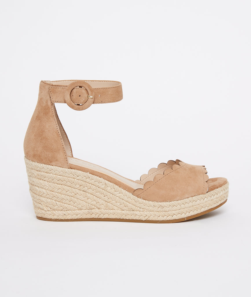 PELLE MODA - Krisa Wedge - Latte
