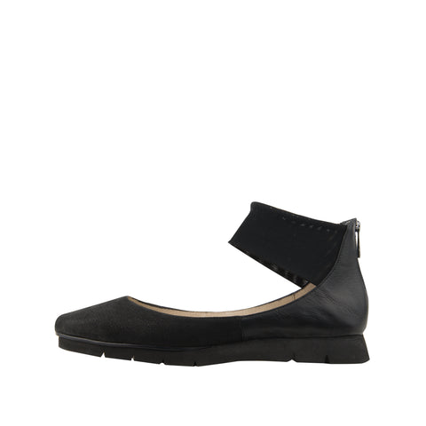 Willa (Black/Kid Suede) 50% Off