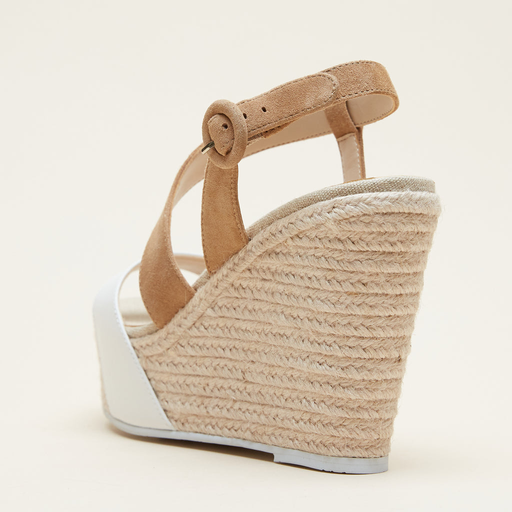 Ridley (White / Latte / Calf / Kid Suede) 60% Off