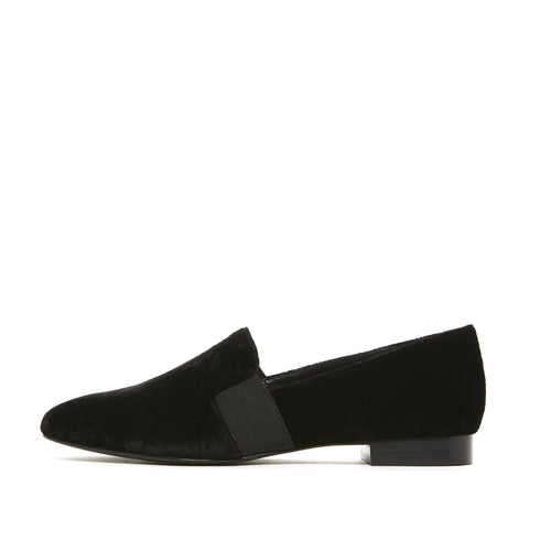 Helga 2 (Black / Velvet) 60% Off