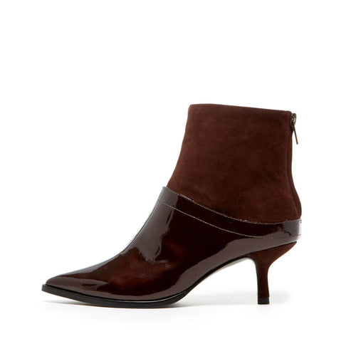 Ukioa (Chocolate / Patent Leather)