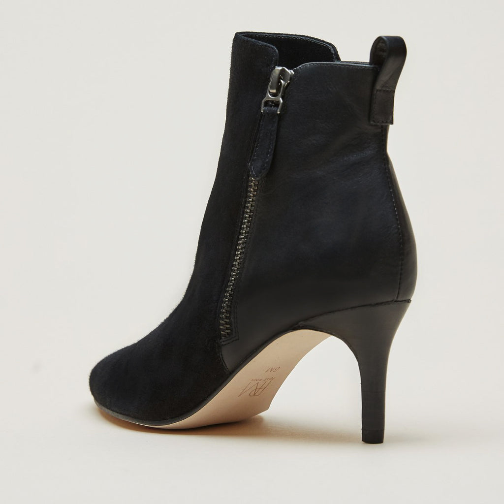 Yesnia ( Black / Kid Suede / Leather)