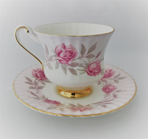 Taza y platillo Majesty The Queen manufacturers of Parangon - entrexiglos