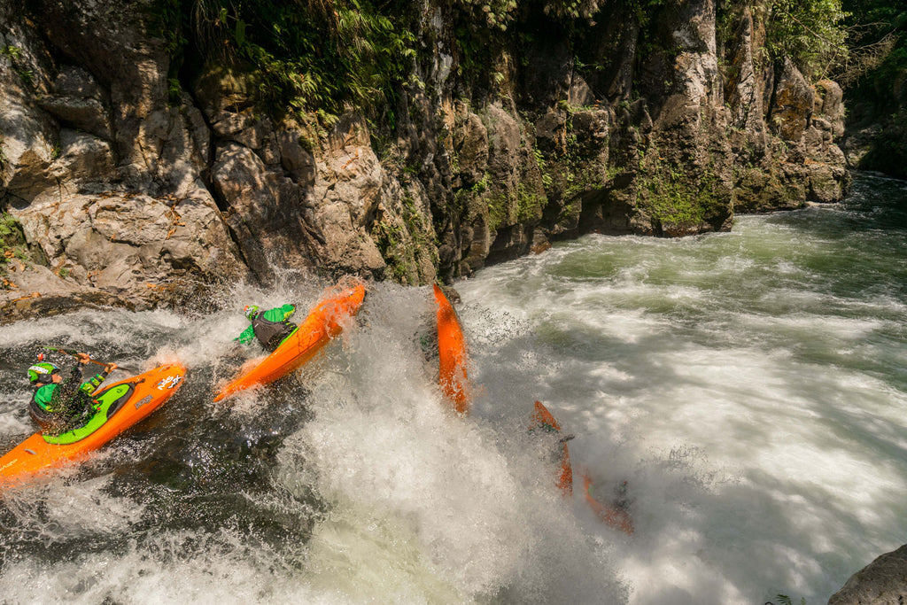 Nick Troutman Kayaking Mexico Freestyle Drop