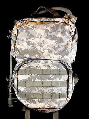 Army ACU Digital Carrier Hydration System Canteen Style Bladder Hydramax Pack