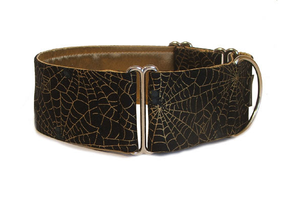 Sure to give anyone the creeps, this black collar is covered in gold spider webs and black spiders just waiting to pounce! Spooky in any width, from 3/4 to 2 inches.