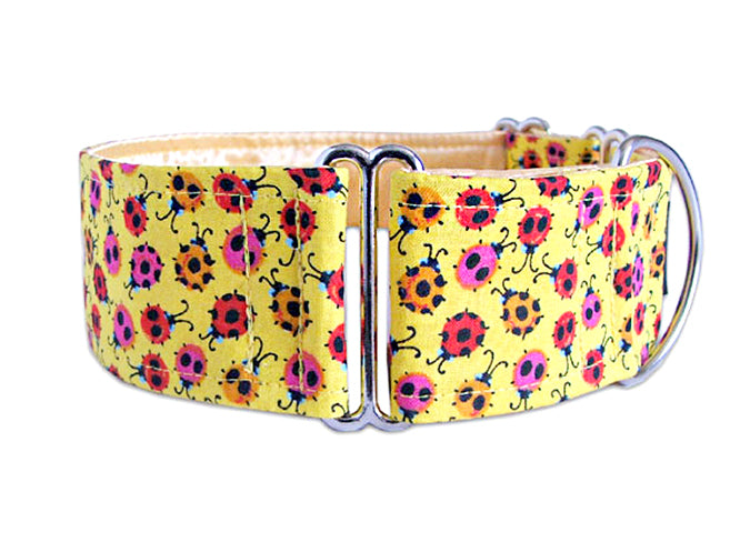 Little ladybugs on sunny yellow make the perfect accessory for a perky pooch!