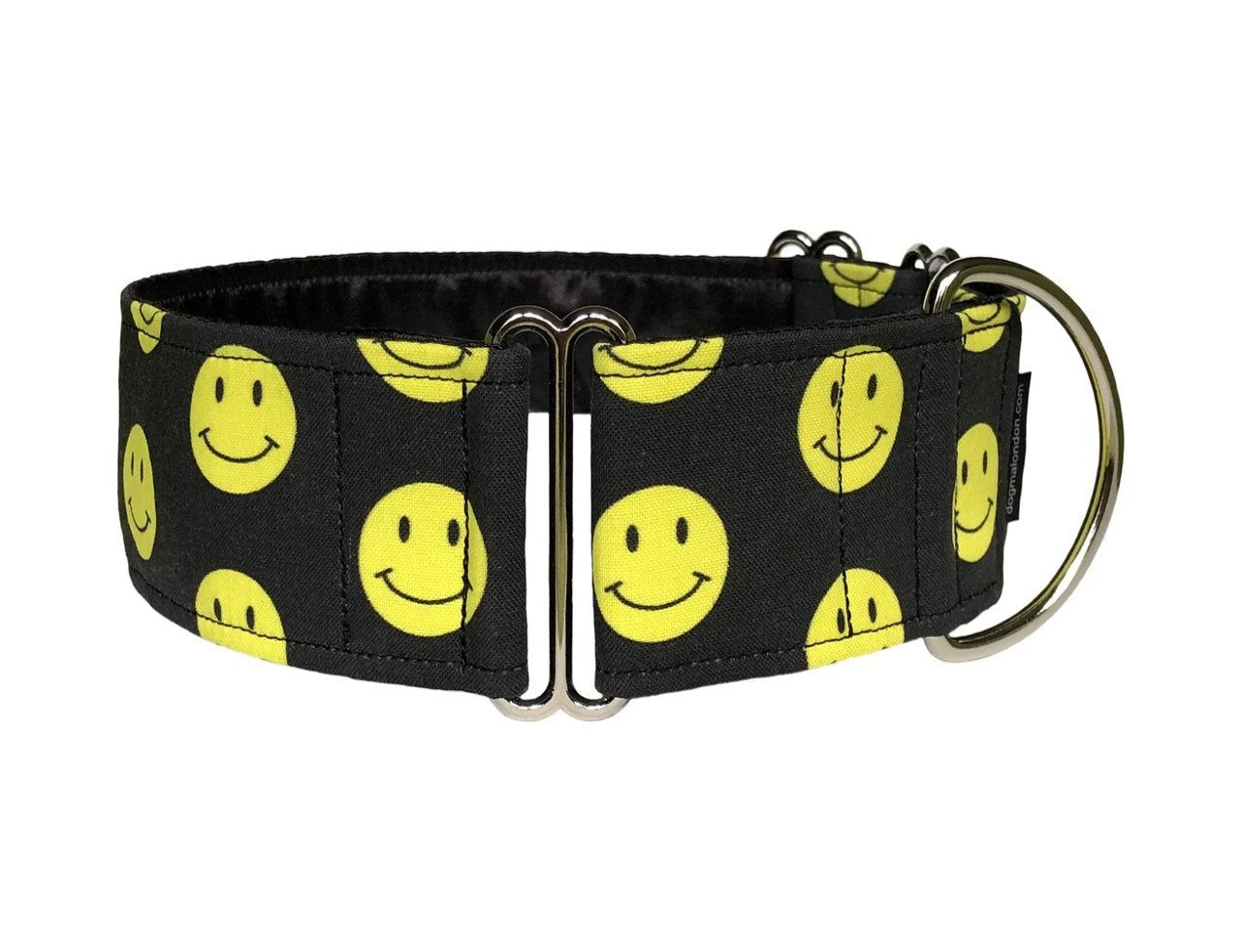 Classic yellow smiley faces make this the perfect collar for the happiest tail-wagger in the house!