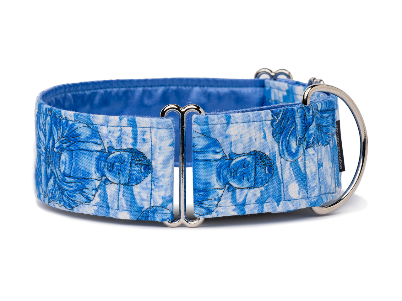 Tranquil images of Buddha in soothing blue and white will resonate with the enlightened  and stylish pooch!