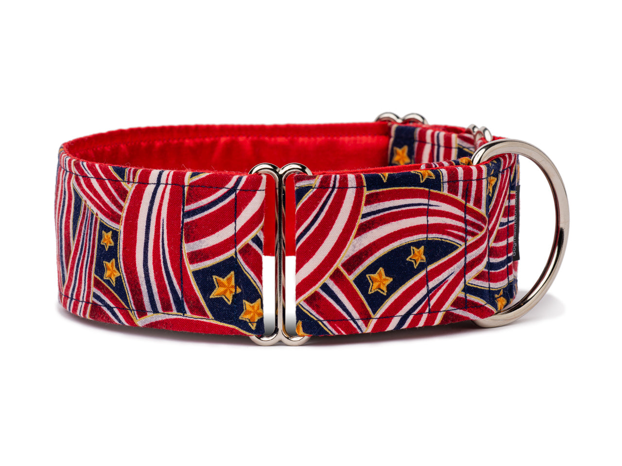 Perfect for any patriotic pooch, this red, white, and blue collar is a stylish way for your pup to show American spirit!