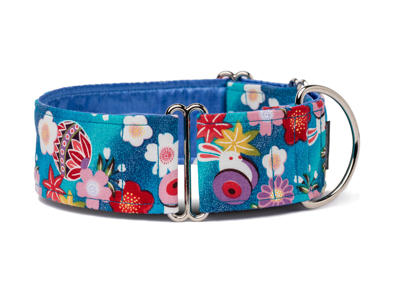 Flowers and bunnies collar with an Asian flair is perfect for the sophisticated yet playful pup!