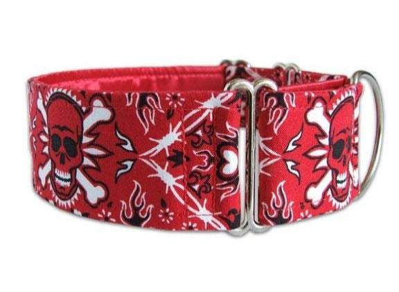 Edgy red and white bandanna skull dog collar for the park's most punked-out pooch!
