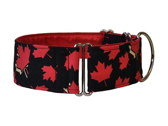 Your pup can show some Canadian spirit with this bright red and black maple leaf collar!