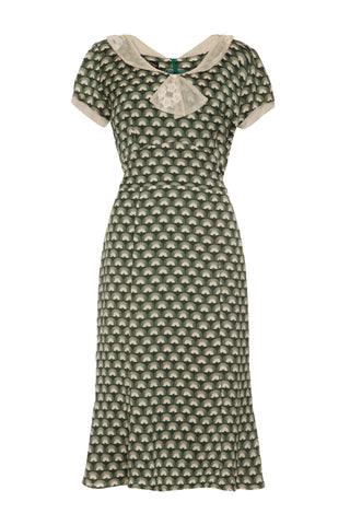 Annabelle dress in emerald fan print crepe