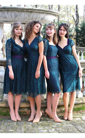 Bridesmaids dresses in emerald