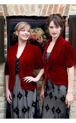 Bridesmaids dresses in black and souchong