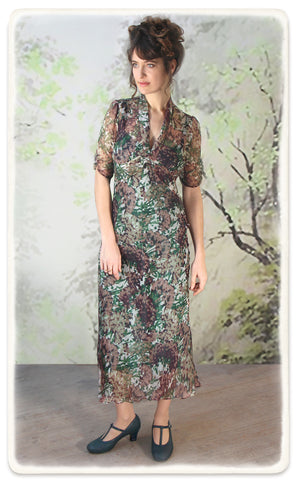 Nancy Mac Sable longline dress in Fioretta print silk georgette - model shot