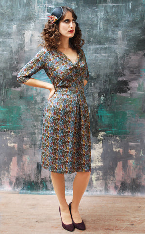 Queenie dress in Plume print crepe