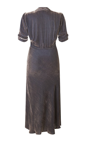 Sable dress in mink silk velvet - back mannequin