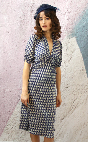 Sable dress in navy fan print crepe