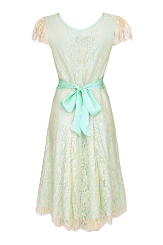 Sara dress in ivory flower lace