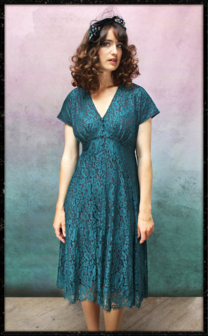 Valeria dress In emerald flower lace - framed shot