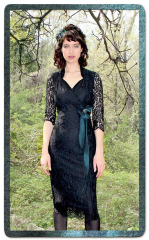 Jasmine dress in black and forest lace