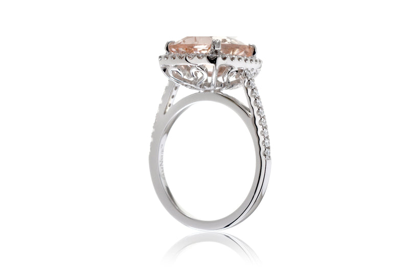 The Signature Curved Cushion Morganite (11x9)