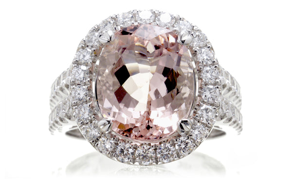 The Lydia Oval Morganite