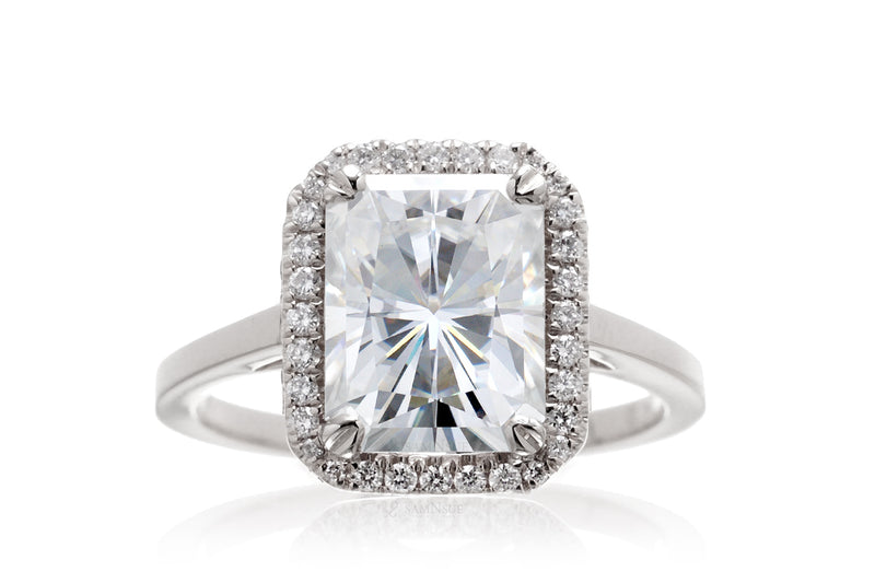 The Signature Radiant Moissanite