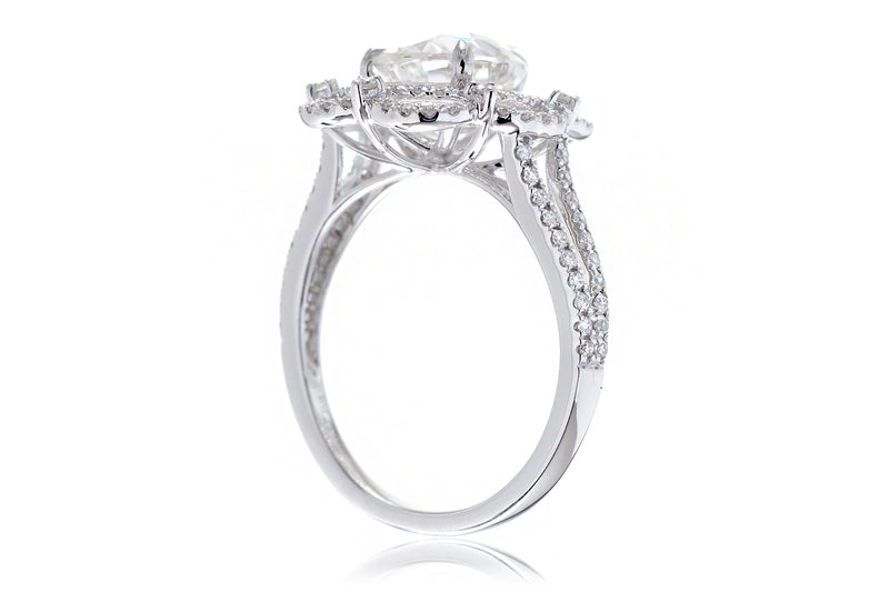 The Anastasia Pear Moissanite