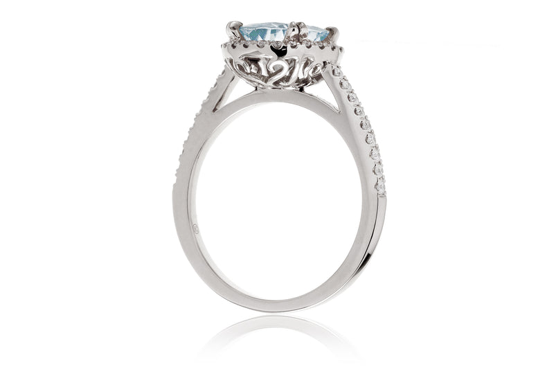 The Signature Oval Aquamarine