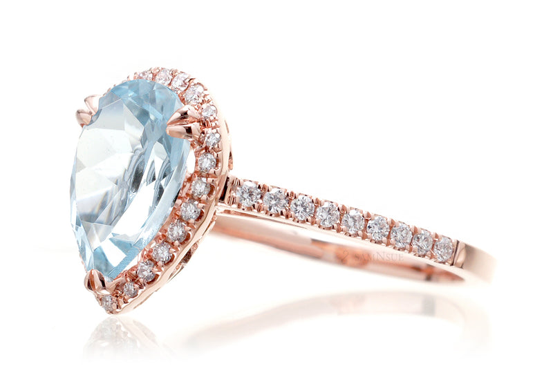 The Signature Pear Aquamarine