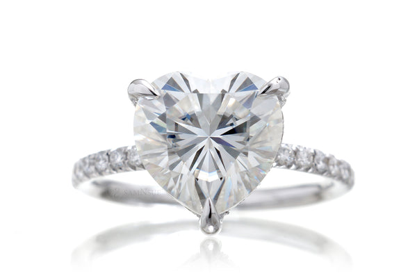 The Ava Heart Moissanite (9.5mm)