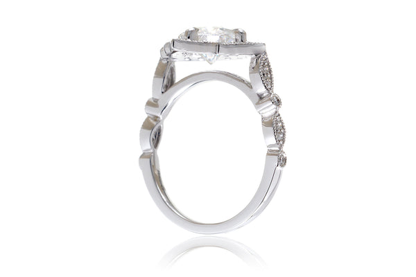 The Delilah Round Moissanite