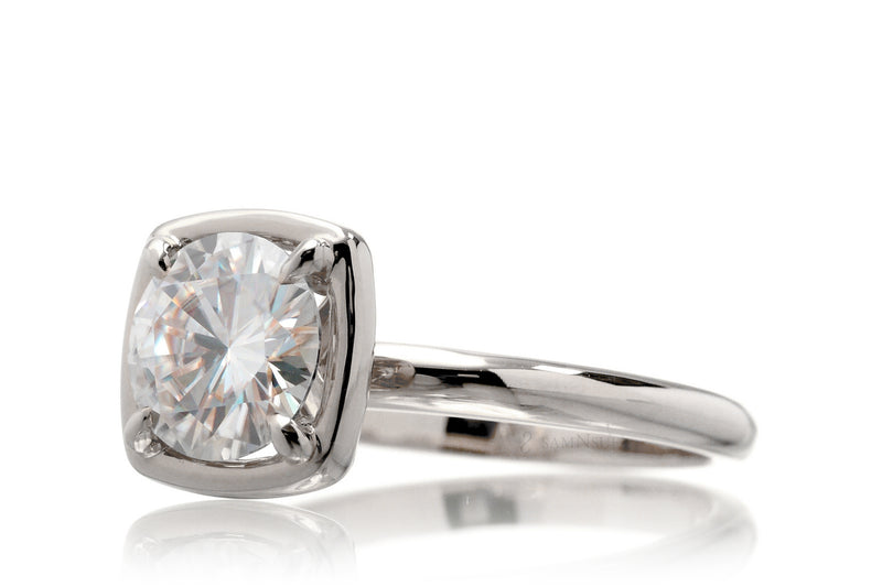 The Jane Round Moissanite