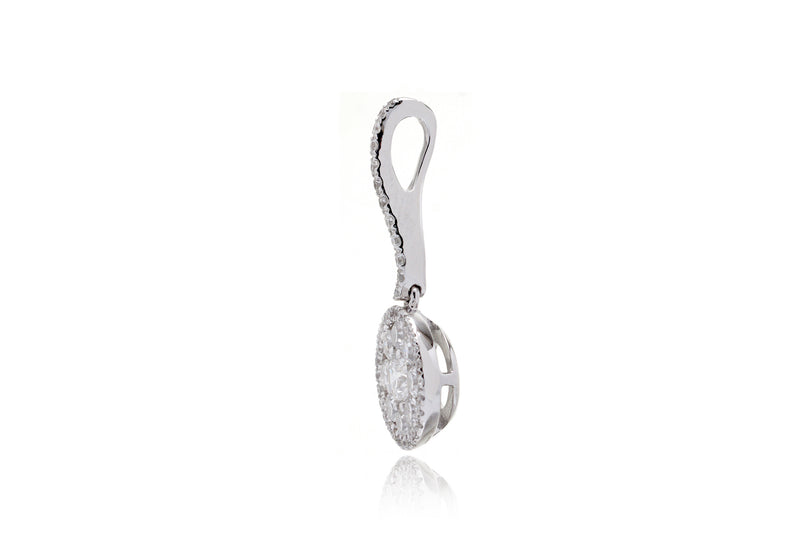 The Cluster Halo Drop Diamond Pendant (10mm)