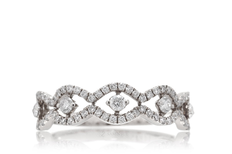 The Lorraine Diamond Ring