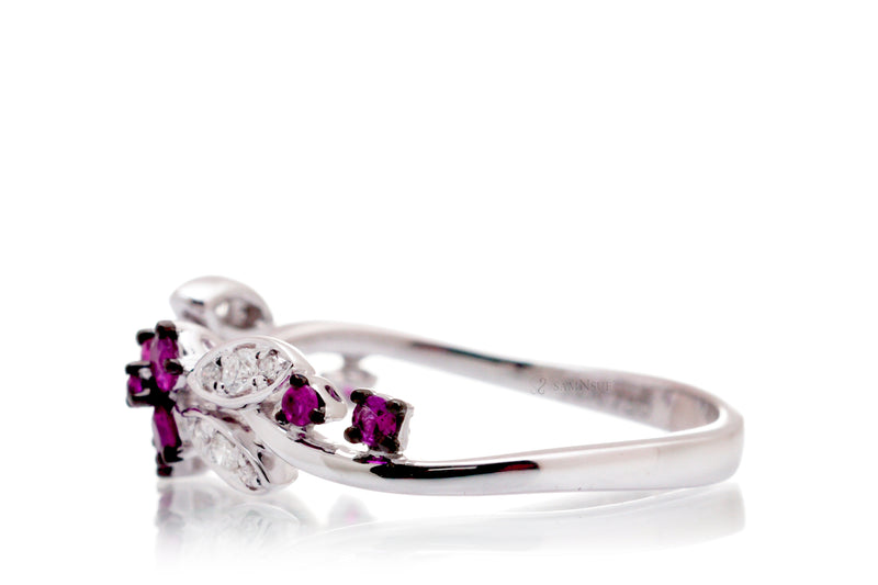 The Evy Pink Sapphire Ring