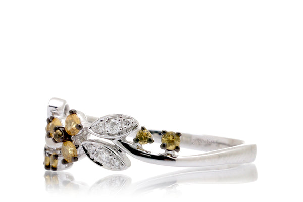 The Evy Yellow Sapphire Ring