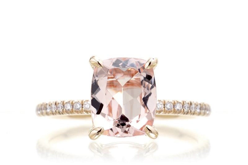 The Ava Long Cushion Morganite Ring yellow Gold