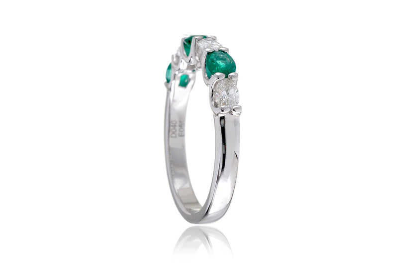The Ursula Oval Emerald Band (Six Stone)