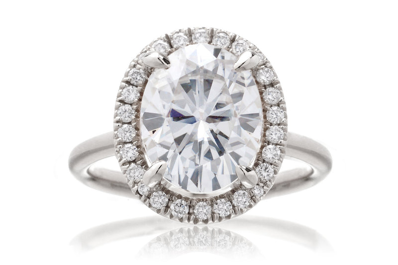The Drenched Oval Moissanite
