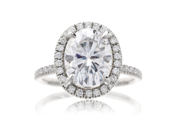 The Caitlin Oval Moissanite