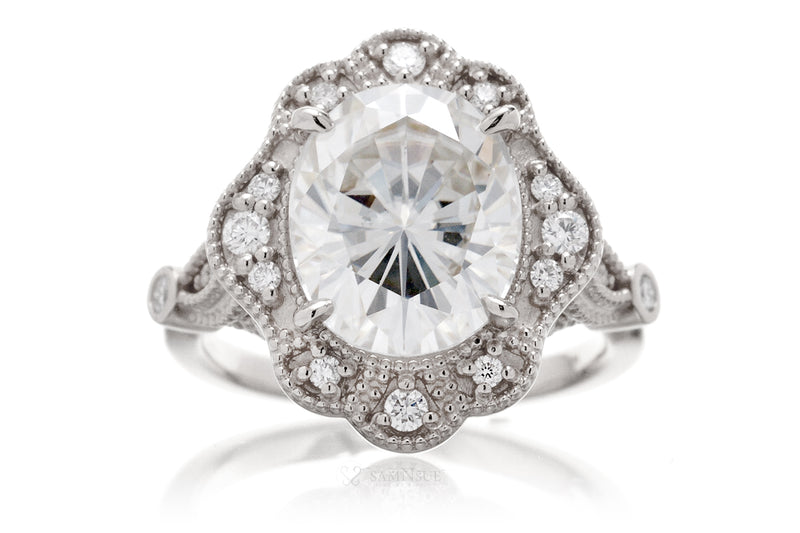 The Victoria Oval Moissanite