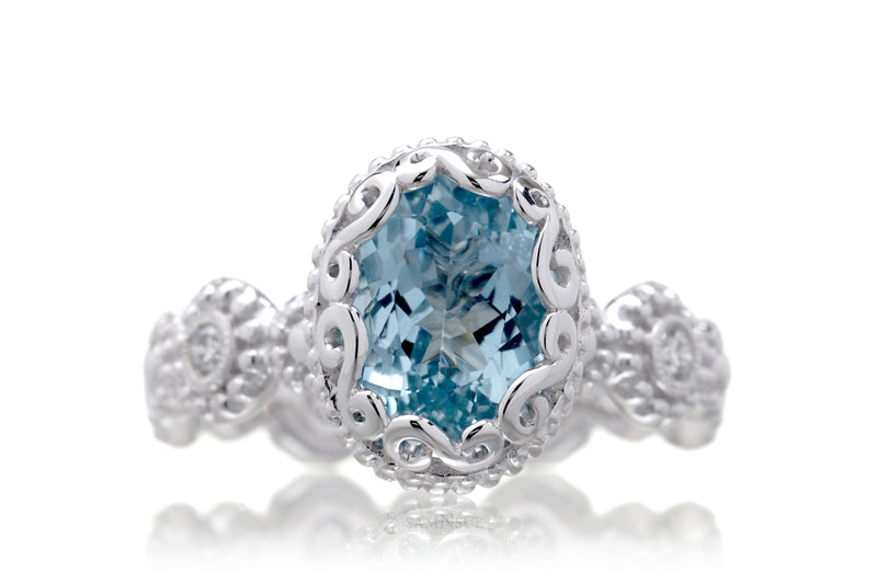 The Nilda Oval Aquamarine