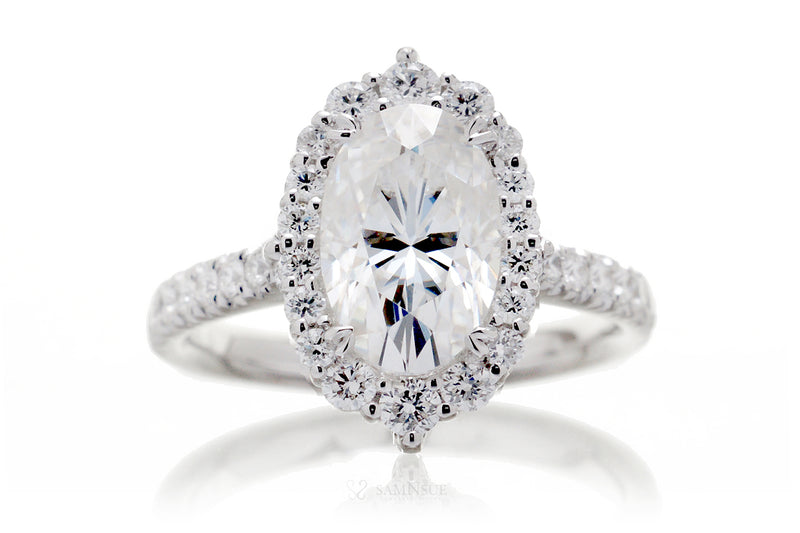 The Haley Oval Moissanite