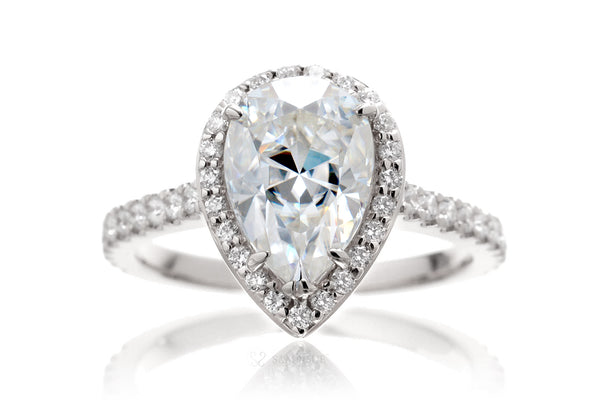 The Sunset Pear Moissanite