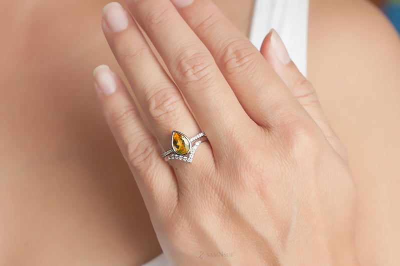 Pear Citrine Wedding Set | The Beverly In Platinum White Gold